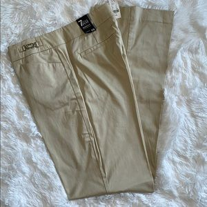 Khaki pants Size 10 Long New York & Company NWT